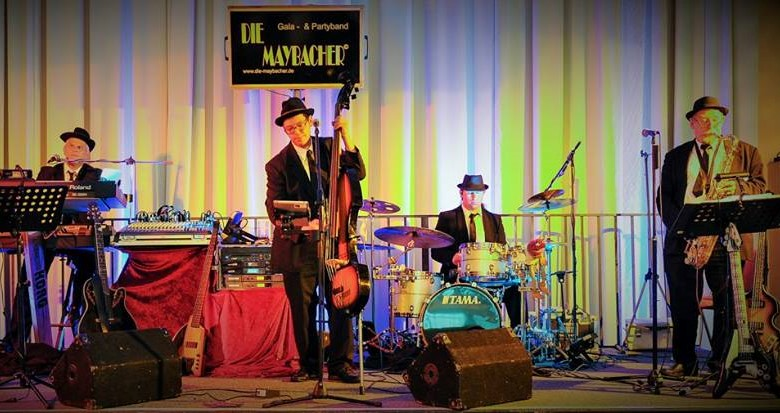 die-maybacher-blues-brothers-on-tour