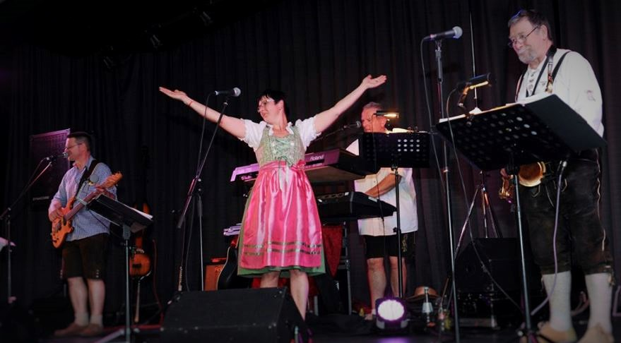 die maybacher partyband ulmdie-maybacher-band-222-weinfest - die
